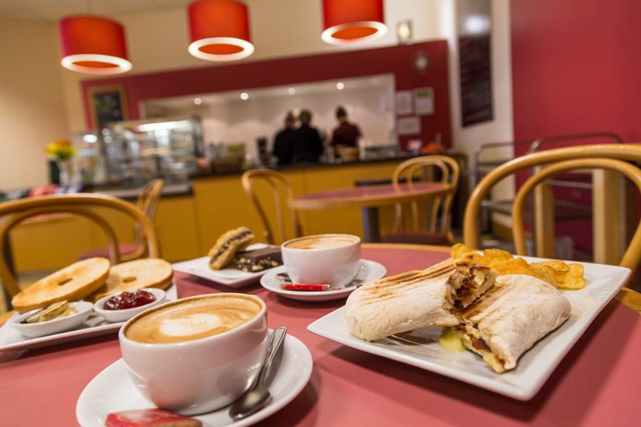 KingsGate Coffee - Fresh coffee and hot snacks